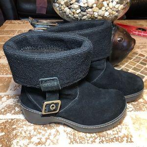 Crocs boots size 6M